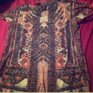 😜😜Ladies shirt,add to bundle 5$